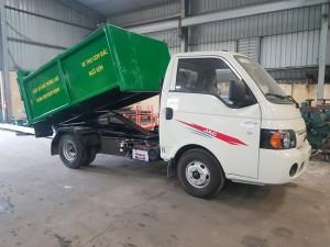 Xe chở rác ngõ xóm Jac đời 2019