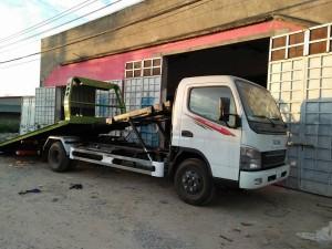 xe cứu hộ sàn trượt mitsubishi fuso canter 8.2 giá tốt