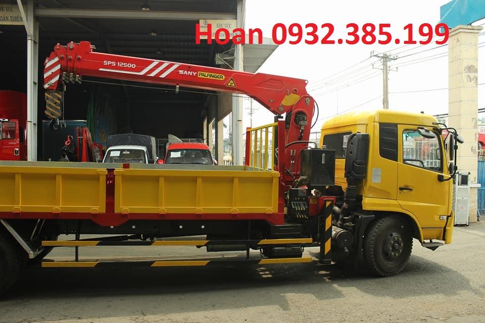 Xe tải Dongfeng B170 gắn Cẩu Palfinger Sany 5t