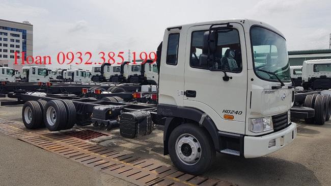 Xe tải Hyundai HD240 3 chân co tải trọng 14 tấn đời mới nhất 2019