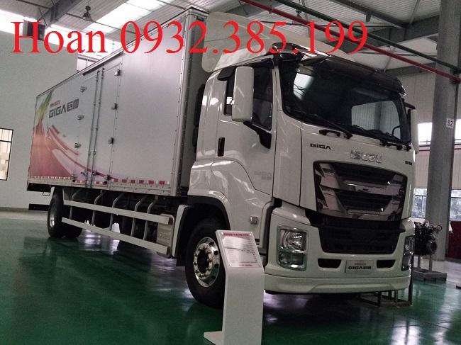 Xe tải Isuzu Giga Vĩnh Phát thùng siêu dài 9 mét 7 tải trọng 8 tấn