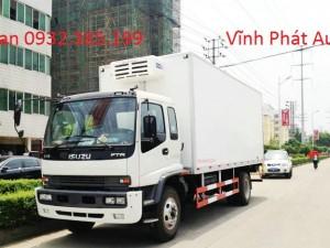 Xe tải thùng kín Isuzu Vĩnh Phát FT160L thùng dài 9m3